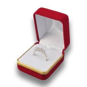 Darčeková krabička na prsteň - semiš červený