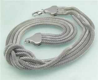 Dámsky oceľový náhrdelník - uzol