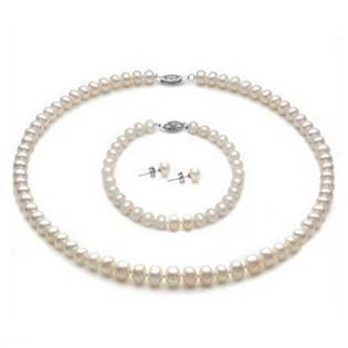 Set perlových šperkov / náhrdelník, náramok, náušnice / s bielymi perlami