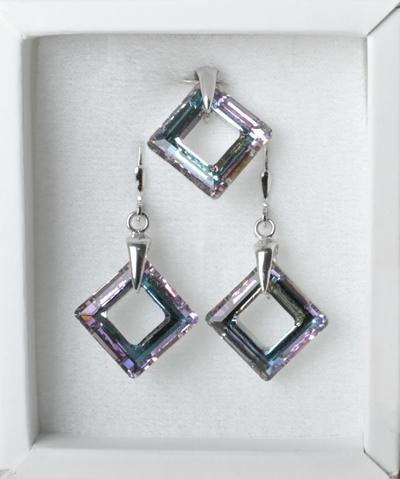 Strieborné náušnice a prívesok s kameňmi Crystals from Swarovski ®, Vitrail Light