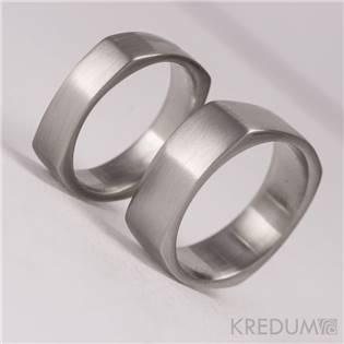 Levně KREDUM® Hynek Kalista Dámský kovaný prsten hranatý - velikost 58 - KS1014-58