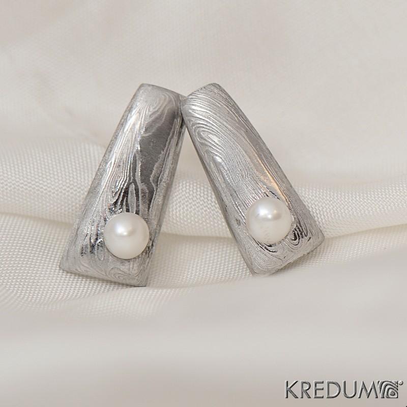 Kované damasteel náušnice - Rhino a perla