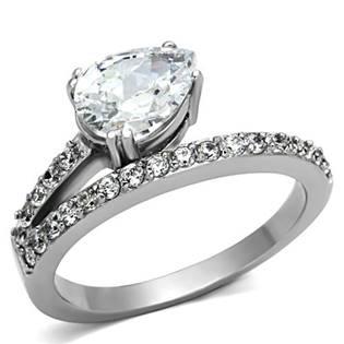Oceľový prsteň s čírymi zirkónmi