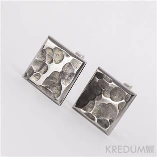 Ručné kované manžetové gombíky Quatro dent čierna