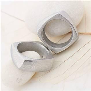 Ručné kovaný oceľový prsteň Damasteel Kumala