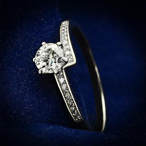 Strieborný prsteň - číre zirkóny, veľ. 52