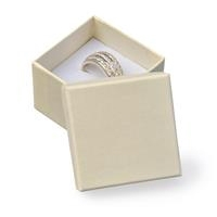 Darčeková krabička na prsteň - krémová
