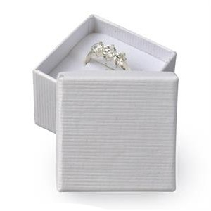 Darčeková krabička na prsteň - biela
