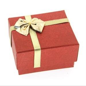 Darčeková karbička na prsteň červená