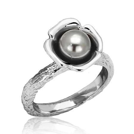Oceľový prsteň so šedou perličkou