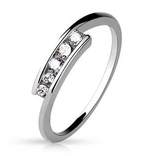 Dámský prsten s 5ti zirkony