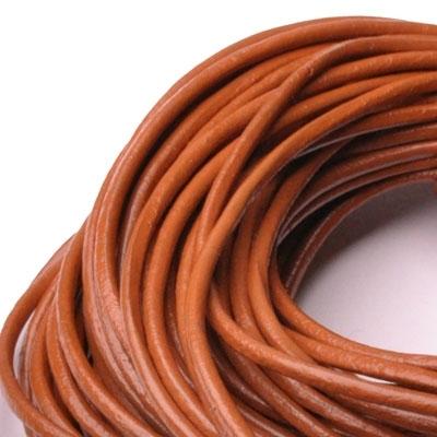 Kožená šnúrka guľatá hrdzavo hnedá, hr. 2 mm