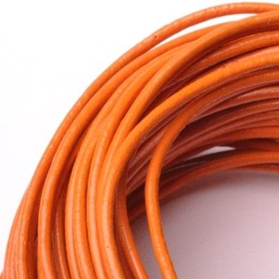 Kožená šnúrka guľatá oranžová, hr. 2 mm