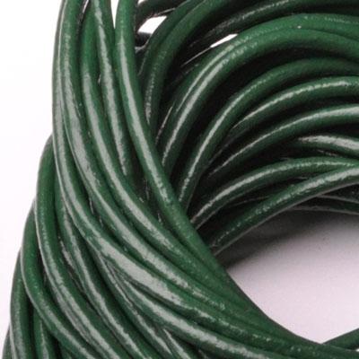 Kožená šnúrka guľatá tmavo zelená, hr. 2 mm