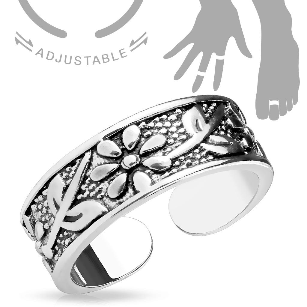 Prsteň na nohu s kvetinovým motívom