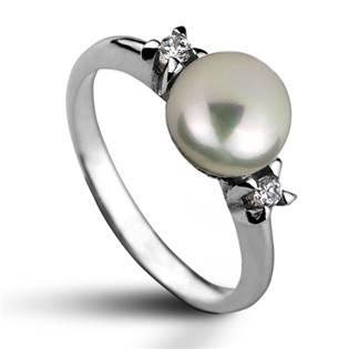 Stříbrný prsten s přírodní perlou 7,5 mm CS2100