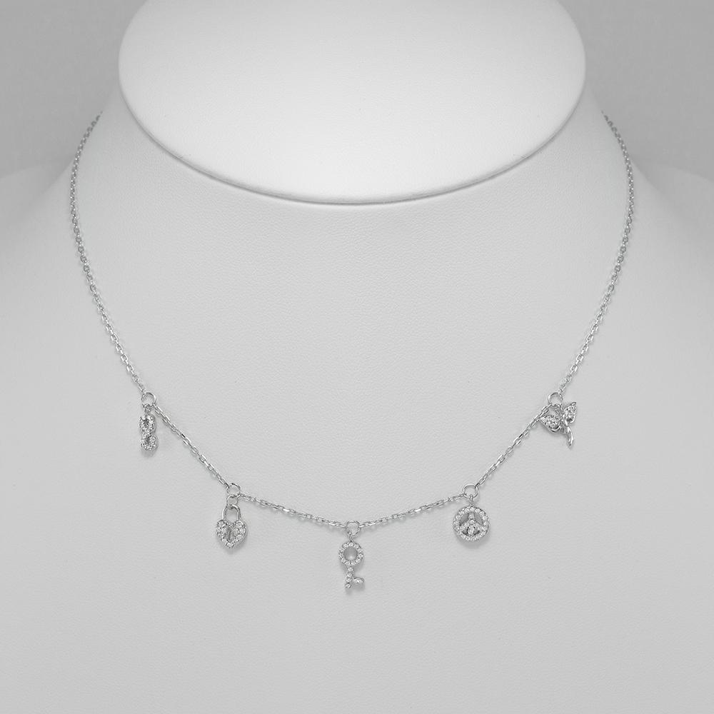 Strieborný náhrdelník s príveskami