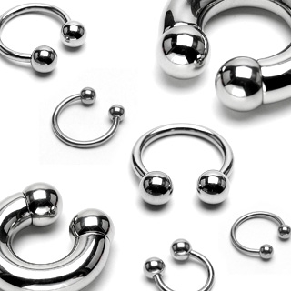 Piercing - podkova 1,2x10 mm, 4 mm guličky
