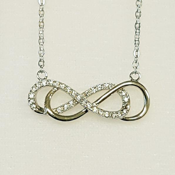 Strieborný náhrdelník - dvojité nekonečno