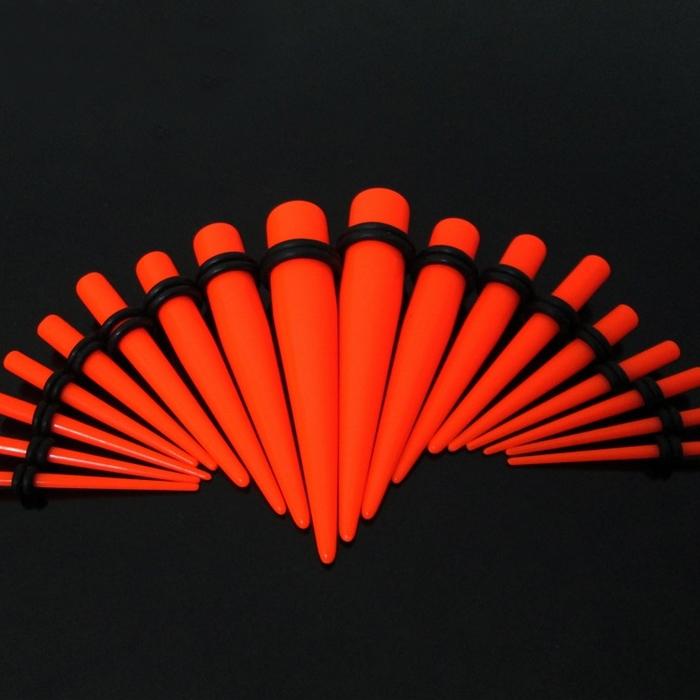 Akrylátový rozťahovák do ucha oranžový