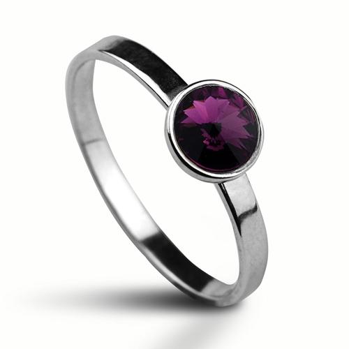 Strieborný prsteň s kameňom Crystals from Swarovski ®, farba: AMETHYST