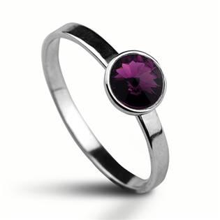 Stříbrný prsten s kamenem Crystals from Swarovski®, barva: AMETHYST