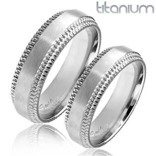 Titanový snubní prsten TT1044