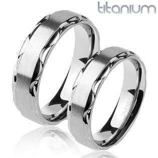 Titanový snubní prsten TT1045
