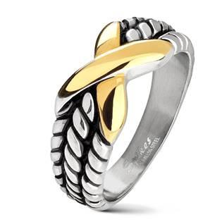 Mohutný ocelový prsten