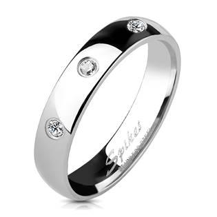 Ocelový prsten se 3mi zirkony
