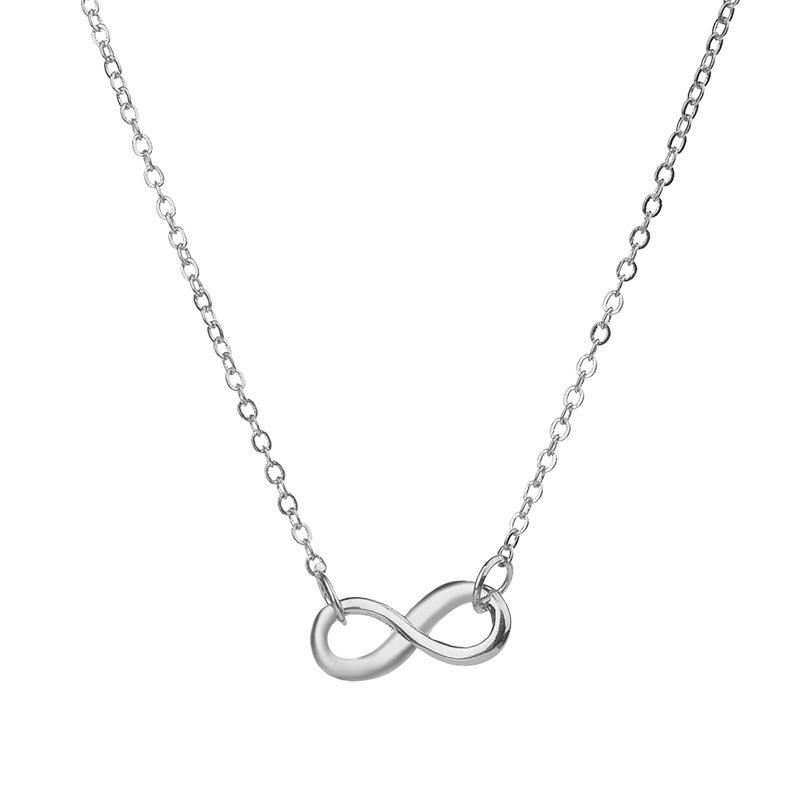Postriebrený náhrdelník nekonečno