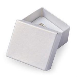 Darčeková krabička na prsteň alebo náušnice biela