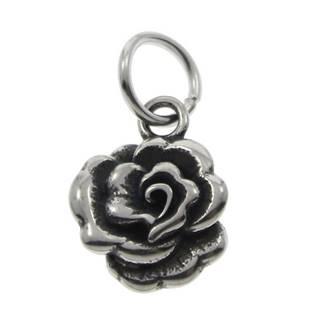 Drobný ocelový přívěšek růžička