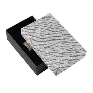 Dárková krabička stříbřitě stříbrná zebrovaná