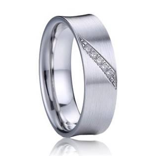 AN1032 Dámský stříbrný snubní prsten se zirkony