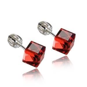 Stříbrné náušnice kostky Crystals from Swarovski® Siam