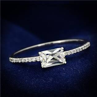 Stříbrný prsten - obdélníkový zirkon