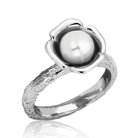 Oceľový prsteň s bielou perličkou