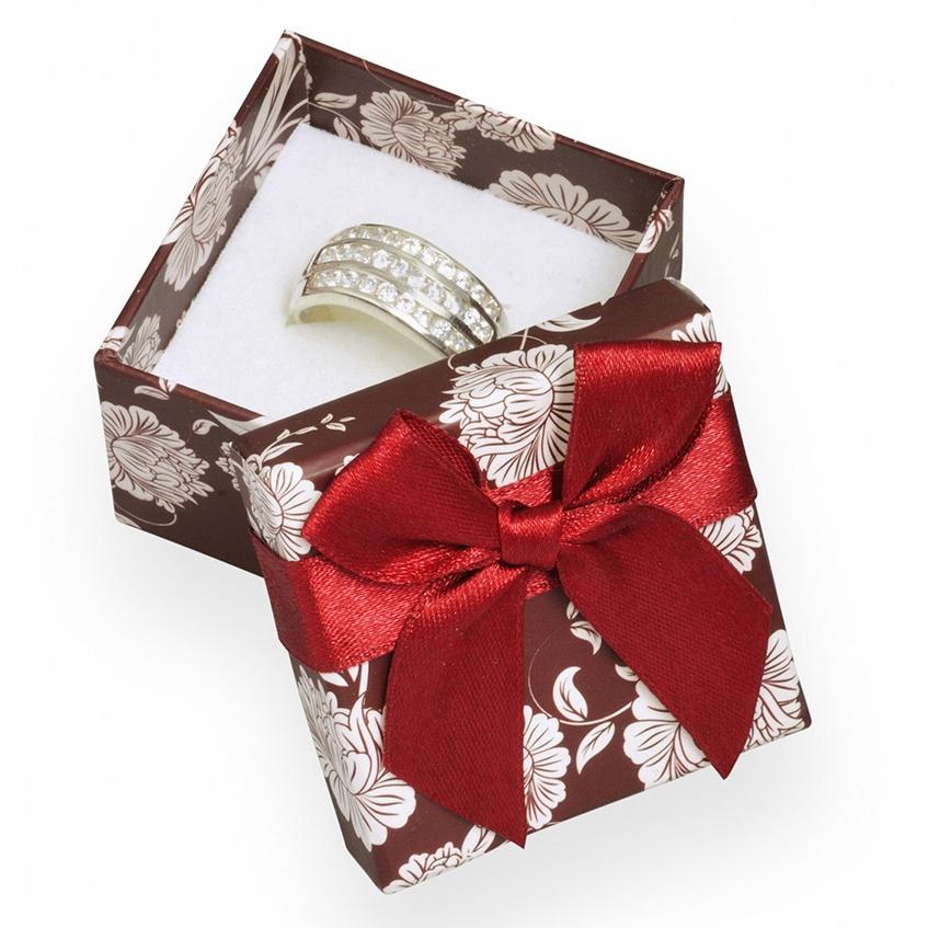 Bordó / biela darčeková krabička na prsteň