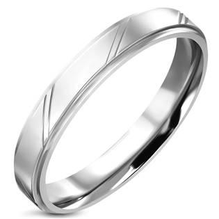 Ocelový prsten s pruhy