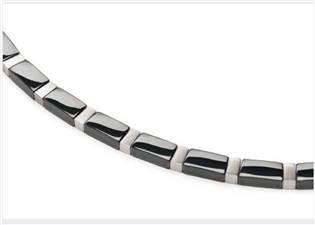 Titanový náhrdelník s černou keramikou 0845-04