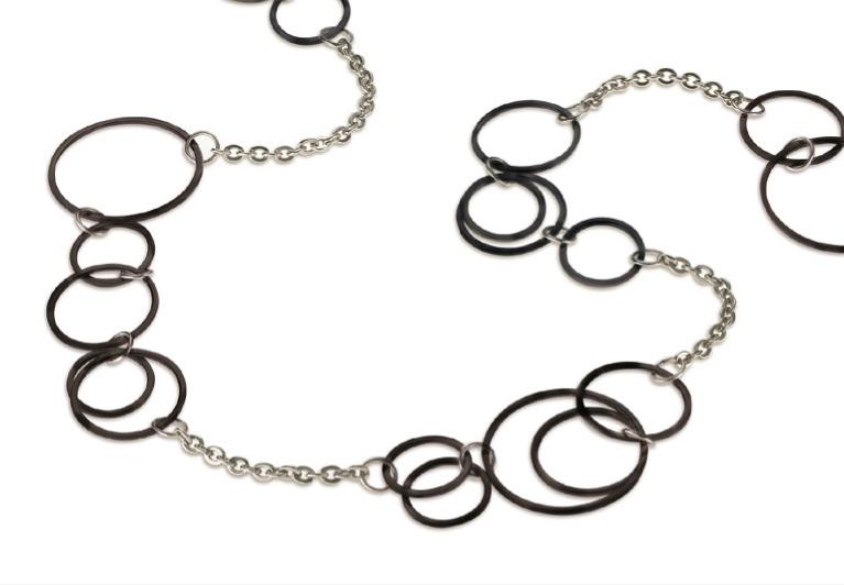 Titanový náhrdelník s kroužky 0853-03