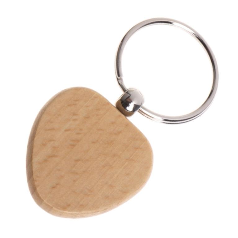 Drevený prívesok na kľúče - srdiečko