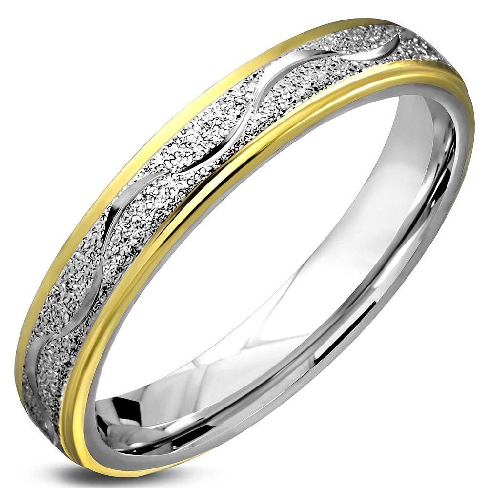 Oceľový snubný prsteň pozlátený, šírka 4,5 mm, veľ. 57