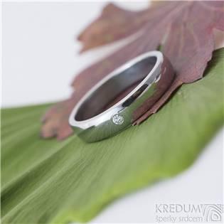 Levně KREDUM® Hynek Kalista Kovaný ocelový prsteny Klasik lesklý, diamant 2 mm - velikost 59 - KS1018-C2.0-59