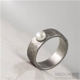 Ocelový prsten Draill s perlou, vel. 47