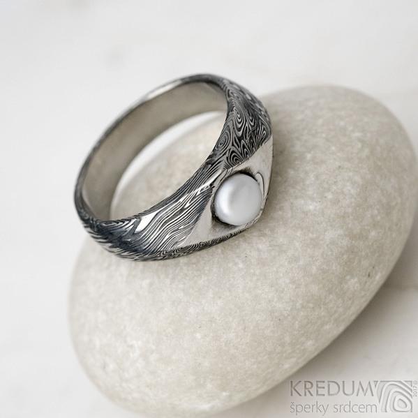 Damasteel prsteň Gracia voda s perlou, veľ. 47