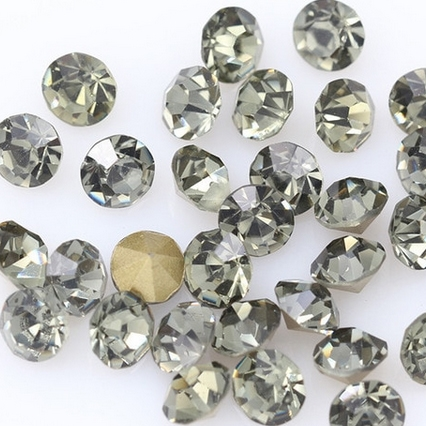 Sklenený šaton SS16 - 3,2 mm, 10ks / bal., Black Diamond