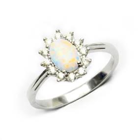 Stříbrný prsten s bílým opálem a zirkony