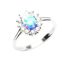 Stříbrný prsten se světle modrým opálem a zirkony